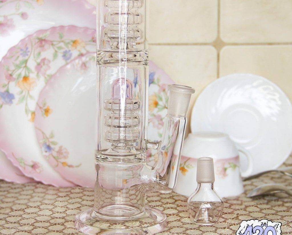 Как часто нужно мыть и менять воду в бонге? Какая должна быть вода?
